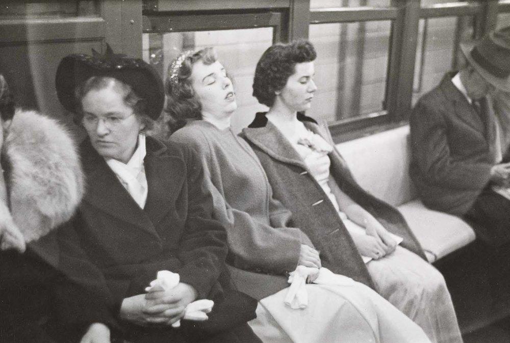 Donne nella metro, 1946. Foto New York Anni '40 Stanley Kubrick