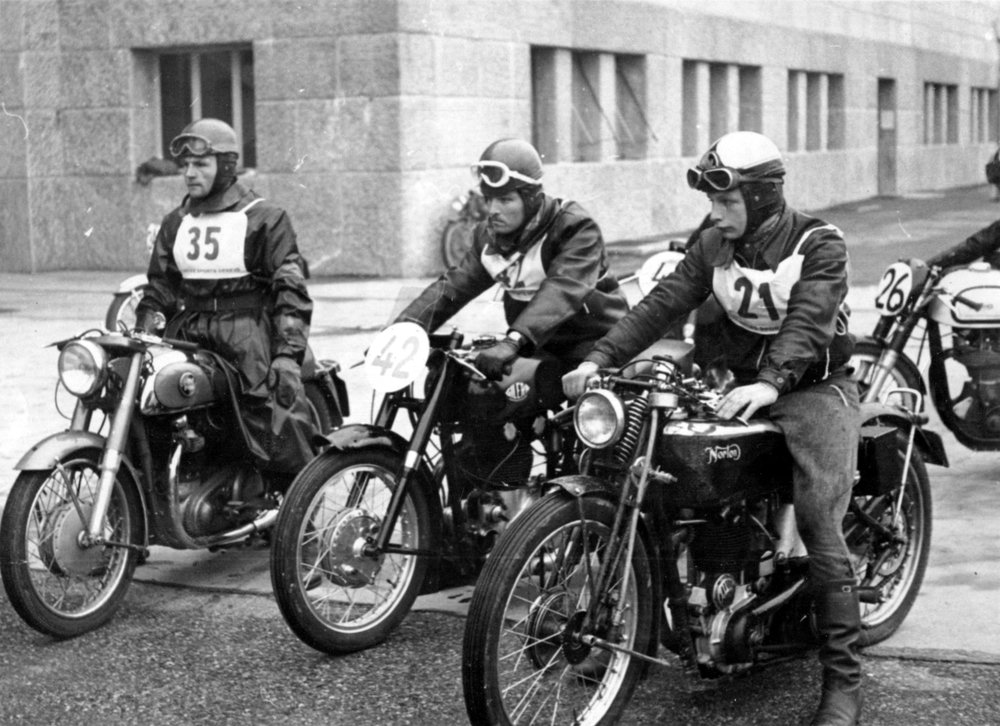 At the starting line versus the Norton Club, 1954 Geneva