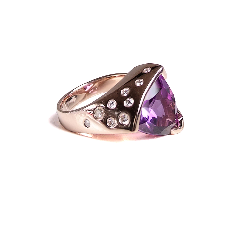 Craft-Revival Jewelers, rose gold ring, amethyst ring, flush set diamonds