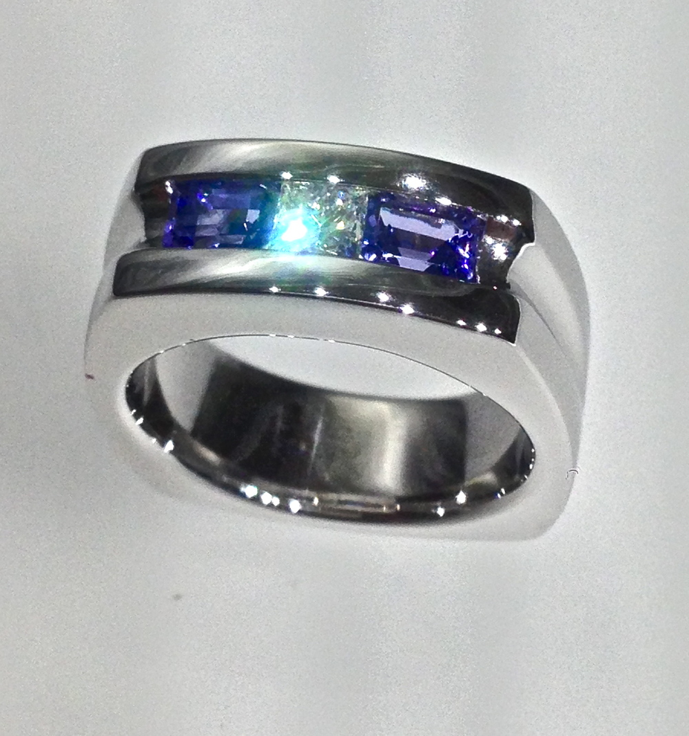 Craft-revival-jewelry-store-grand-rapids-mens-band-mens-ring-gents-wedding-band-white-gold-blue-stone-unique-band