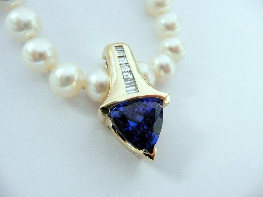 Craft-Revival Jewelers, unique pendant, unqiue necklace, tanzanite pendant, pearl necklace