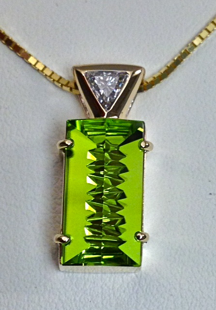 Craft-Revival Jewelers, unique pendant, unqiue necklace, peridot pendant, munstiener pendante