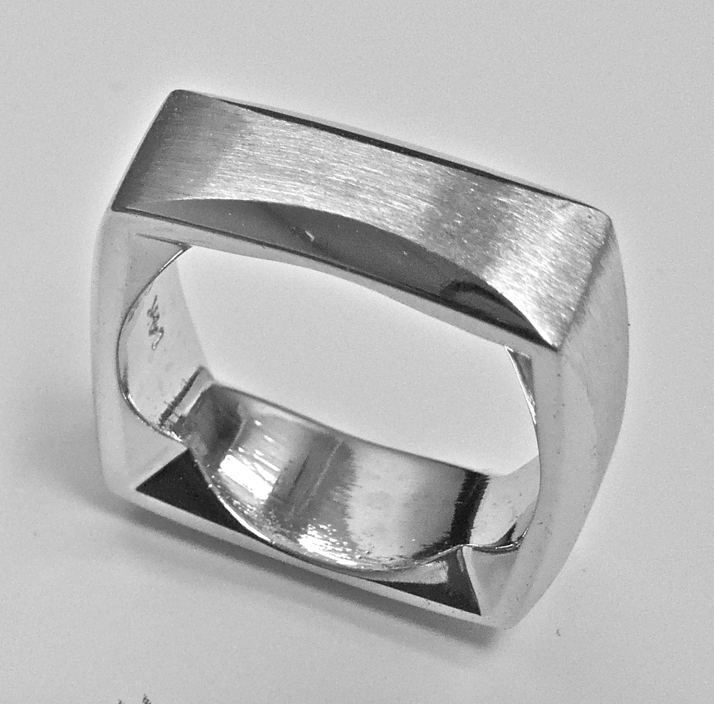 unique-modern-designed-gents-band-mens-wedding-ring-craft-revival-jewelry-store-grand-rapids