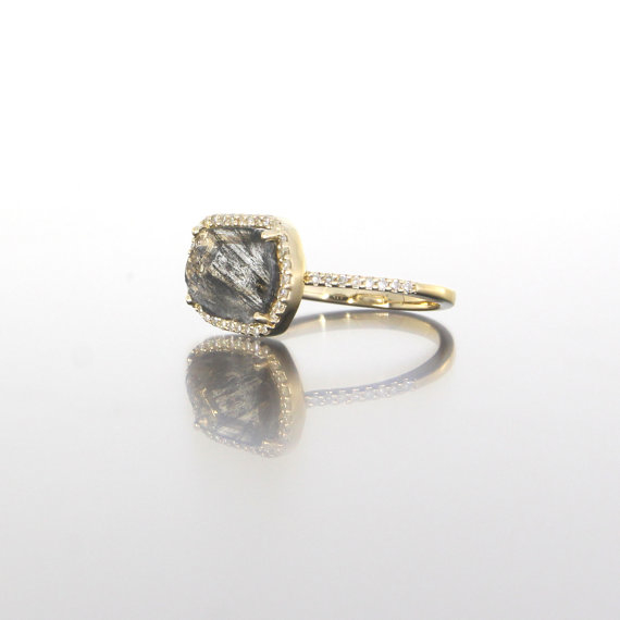 side-view-unique-ladies-yellow-gold-diamond-slice-raw-diamond-delicate-halo-engagement-ring-craft-revival-jewelry-store