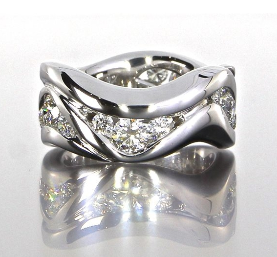 unique-ladies-wedding-band-white-gold-wave-pattern-round-diamond-craft-revival-jewelry-store-grand-rapids