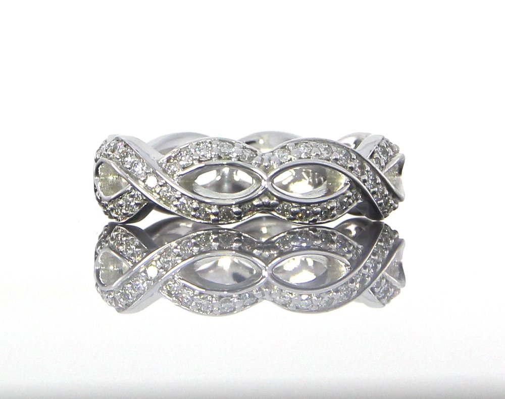 unique-ladies-vintage-twist-band-round-diamonds-white-gold-craft-revival-jewelers-store-grand-rapids