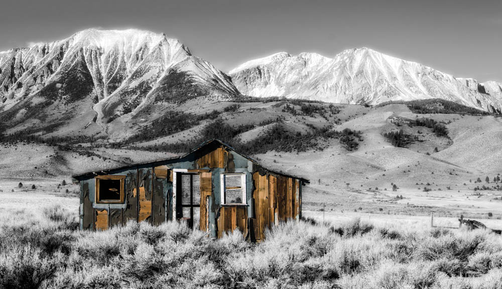Abandoned homestead, Lee Vining, CA