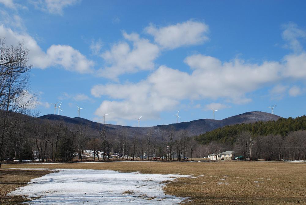 2009-03-13 VT Wind 239 2008-11-04 GE 2.5 100 Meter.jpg