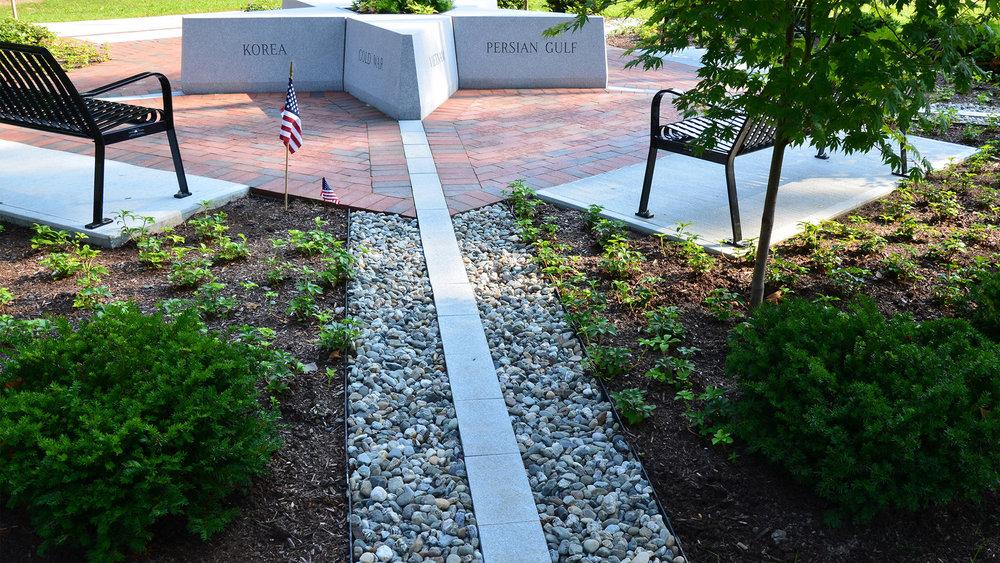 veterans_memorial_1.jpg