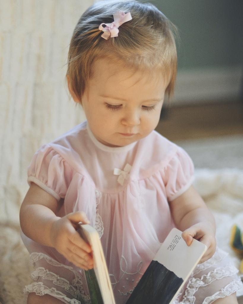 Lila, Age 1 - Week 6.