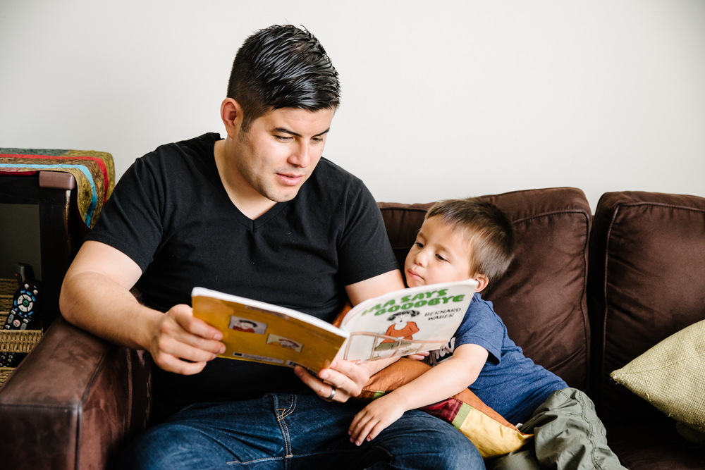 Francesca Russell Photography | Brooklyn Family Photographer | Dad and Son reading a book