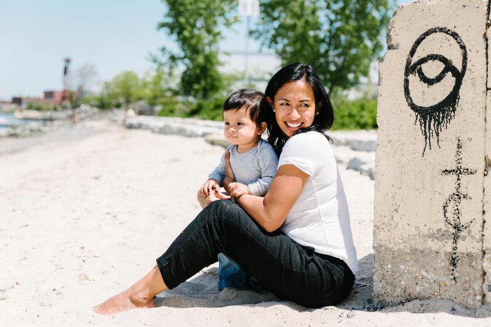 Francesca Russell Photography | Brooklyn Family Photographer | Mom & Baby on beach