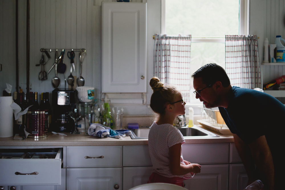 Francesca Russell Photography | Long Island Family Photographer | Dad and daughter in kitchen