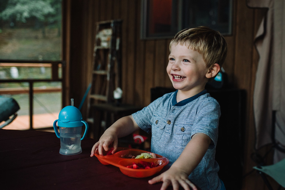 Francesca Russell Photography | Documentary Family Photographer on Long Island | Dinner on the porch