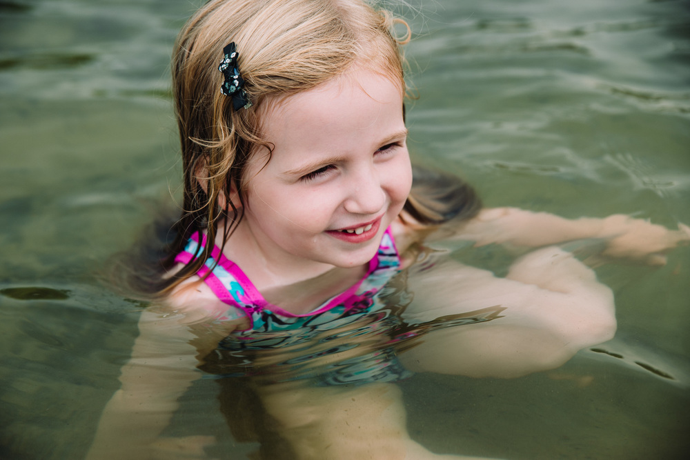 Francesca Russell Photography | New York Children's Photographer | Lila swimming