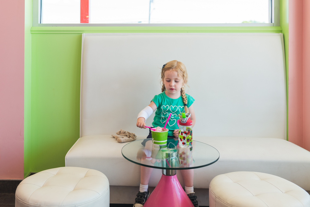 Francesca Russell Photography | Long Island Family Photographer | Frozen Yogurt Shop