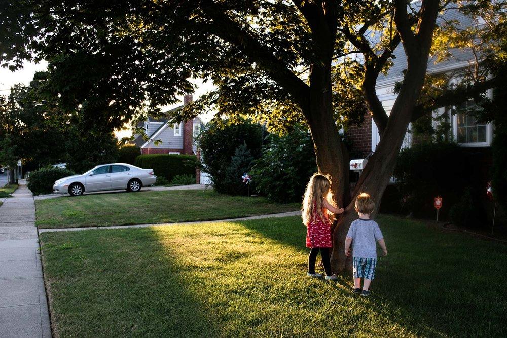 Francesca Russell Photography | Long Island Family Photographer | Neighbor's Yard