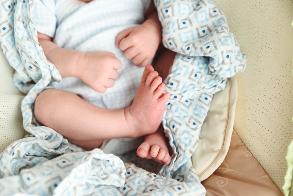 Francesca Russell Photography | Long Island Newborn Photographer | Baby feet