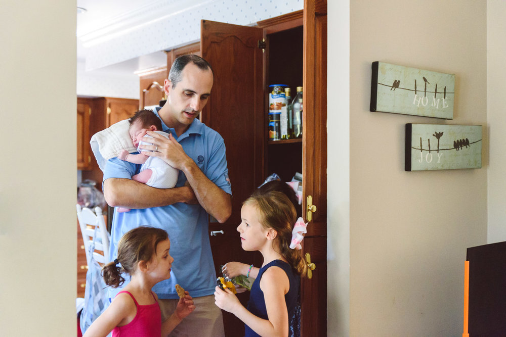 Francesca Russell Photography | Long Island Newborn Photographer | Dad and kids
