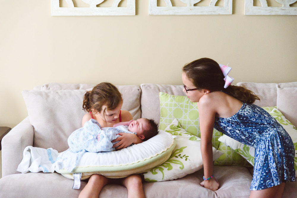 Francesca Russell Photography | Long Island Newborn Photographer | Big sisters and new baby