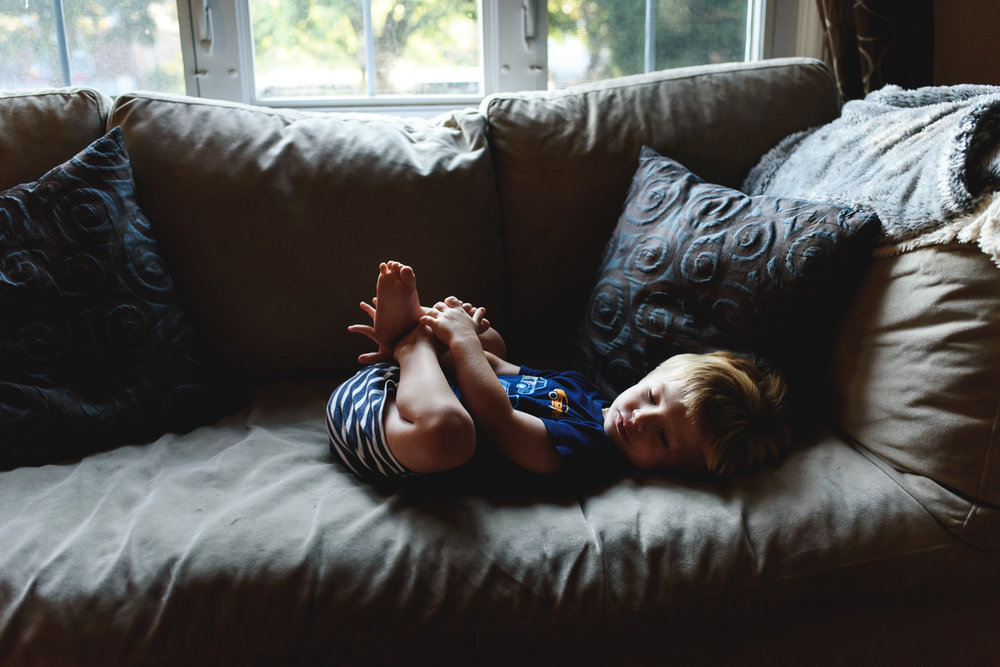 Francesca Russell Photography | Long Island & New York City Family Photographer | Boy on the couch
