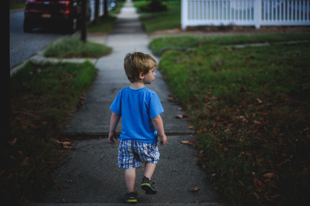 Francesca Russell Photography | Long Island Family Photographer | Evening stroll