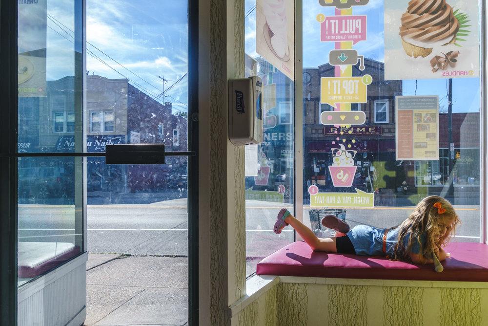 Francesca Russell Photography | Long Island Family Photographer | Frozen Yogurt Shop