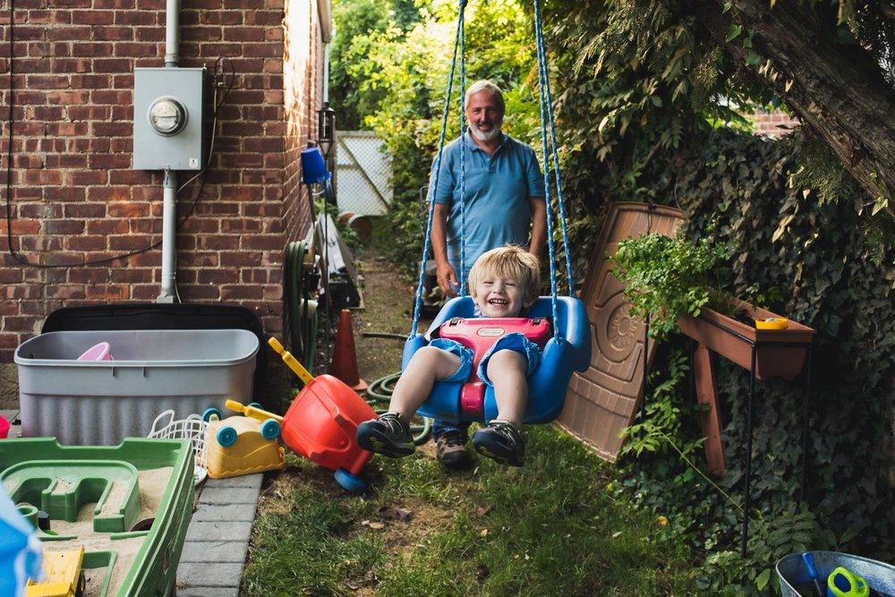 Swingin' with Pops. #clickinmoms #clickpro #familyphotojournalism #francescarussellphotography #longislandfamilyphotographer #shamoftheperfect #letthekids