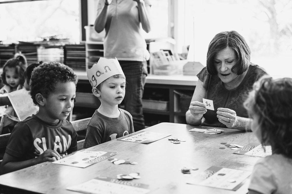 Preschoolers play bingo.