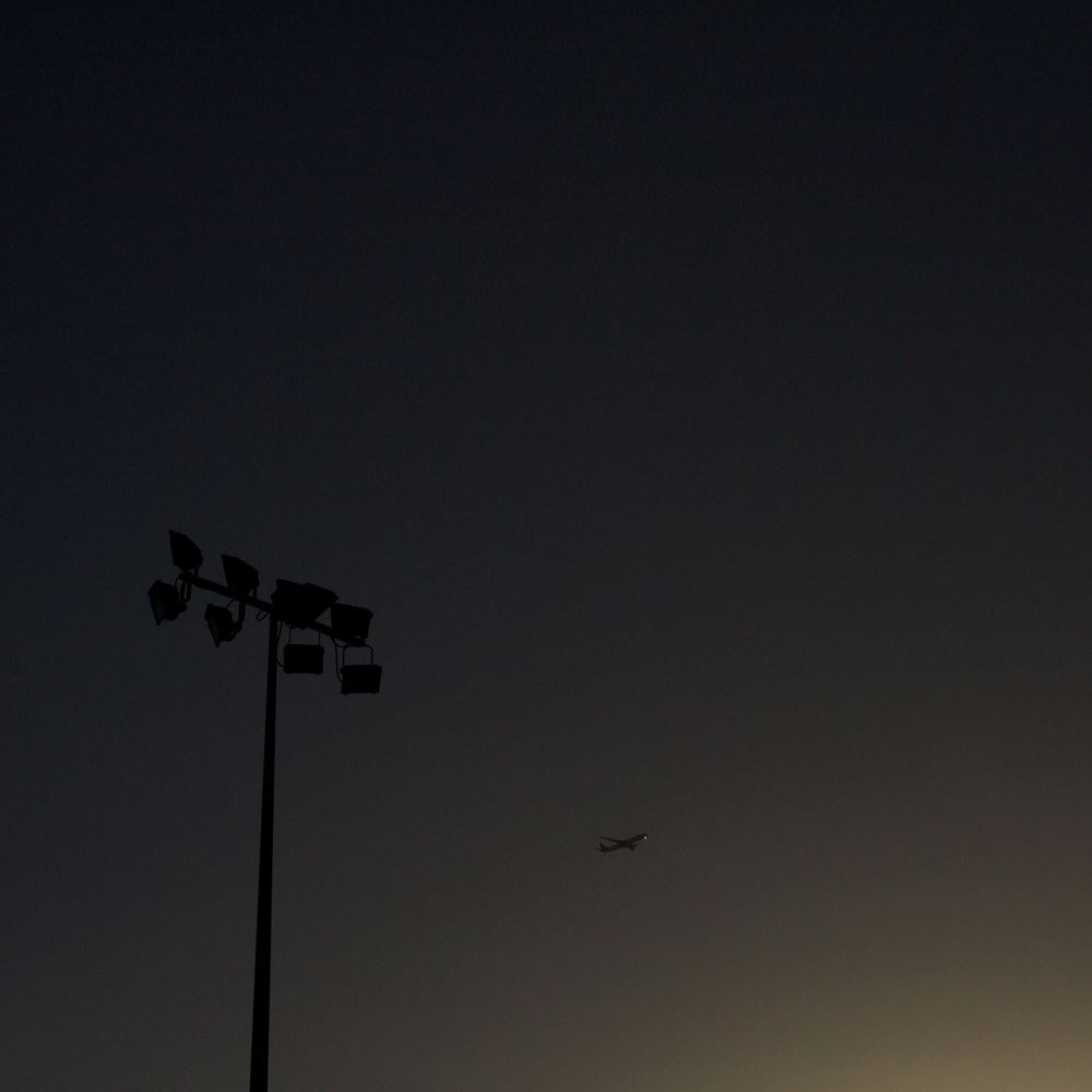 Simon-Portbury-Dawn-Lights-with-Aircraft.jpg