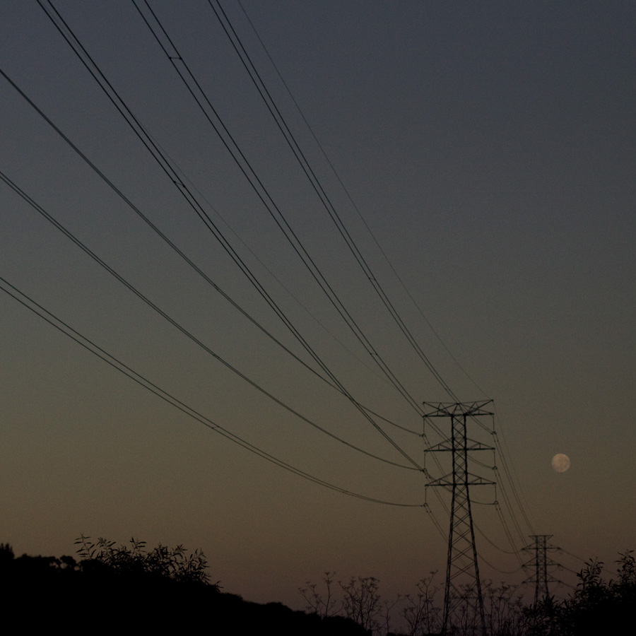 Simon-Portbury-Dawn-Wires-with-Moon.jpg