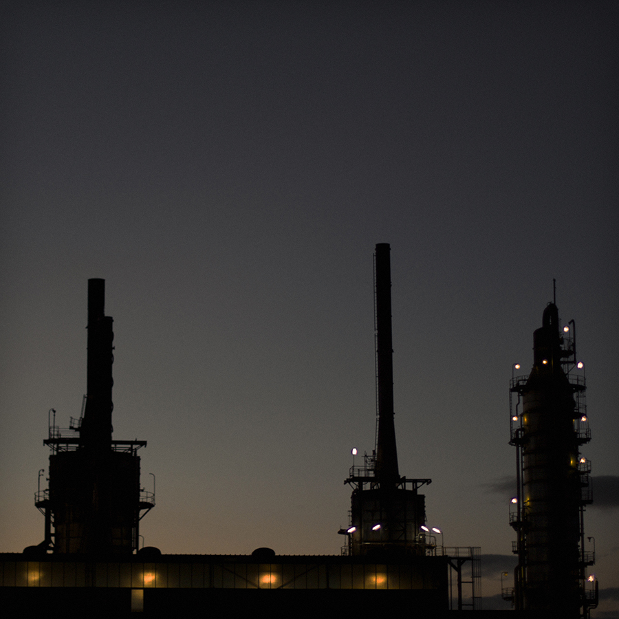 Simon-Portbury-Refinery-At-Dawn.jpg