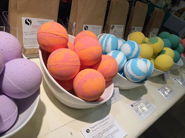 Lots of bath bombs to choose from, visit our booth at @womenshow