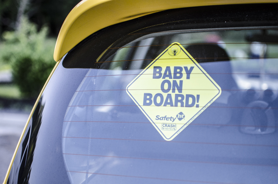 Hampton Roads maternity photographer | Windsor Castle Park, Smithfield