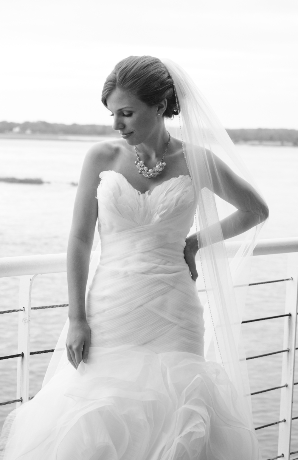 Annemarie Akins bride at Lesner Inn  Virginia Beach wedding photographer