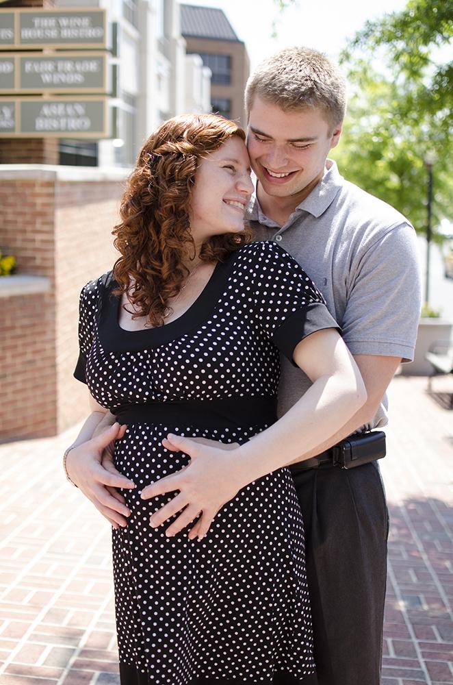 hampton roads maternity photographer
