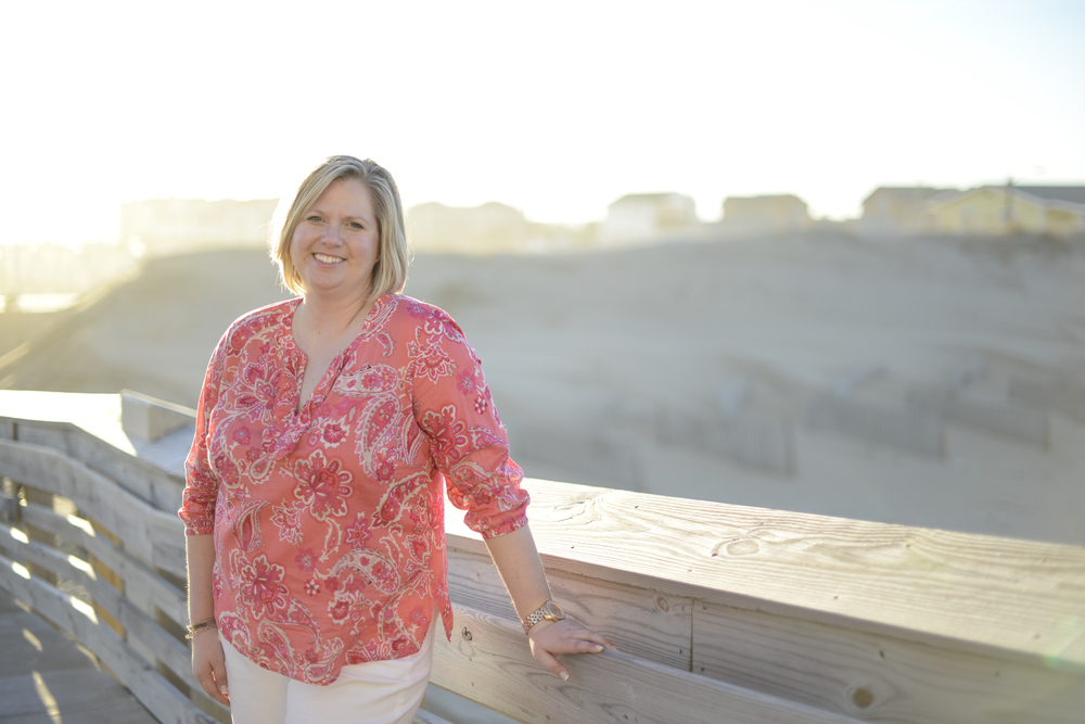 outer banks, nags head beach, jeanette's pier engagement photographer