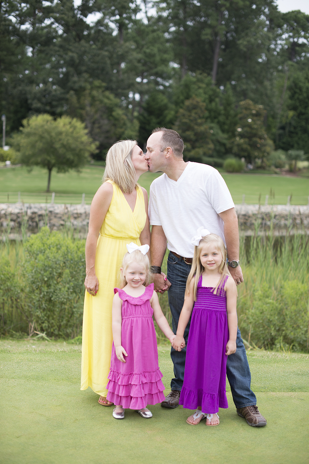 Summer family portraits at Princess Anne Country Club Golf Course in Virginia Beach