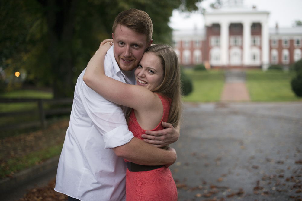 beautiful engagement pictures in Downtown Staunton, Virginia