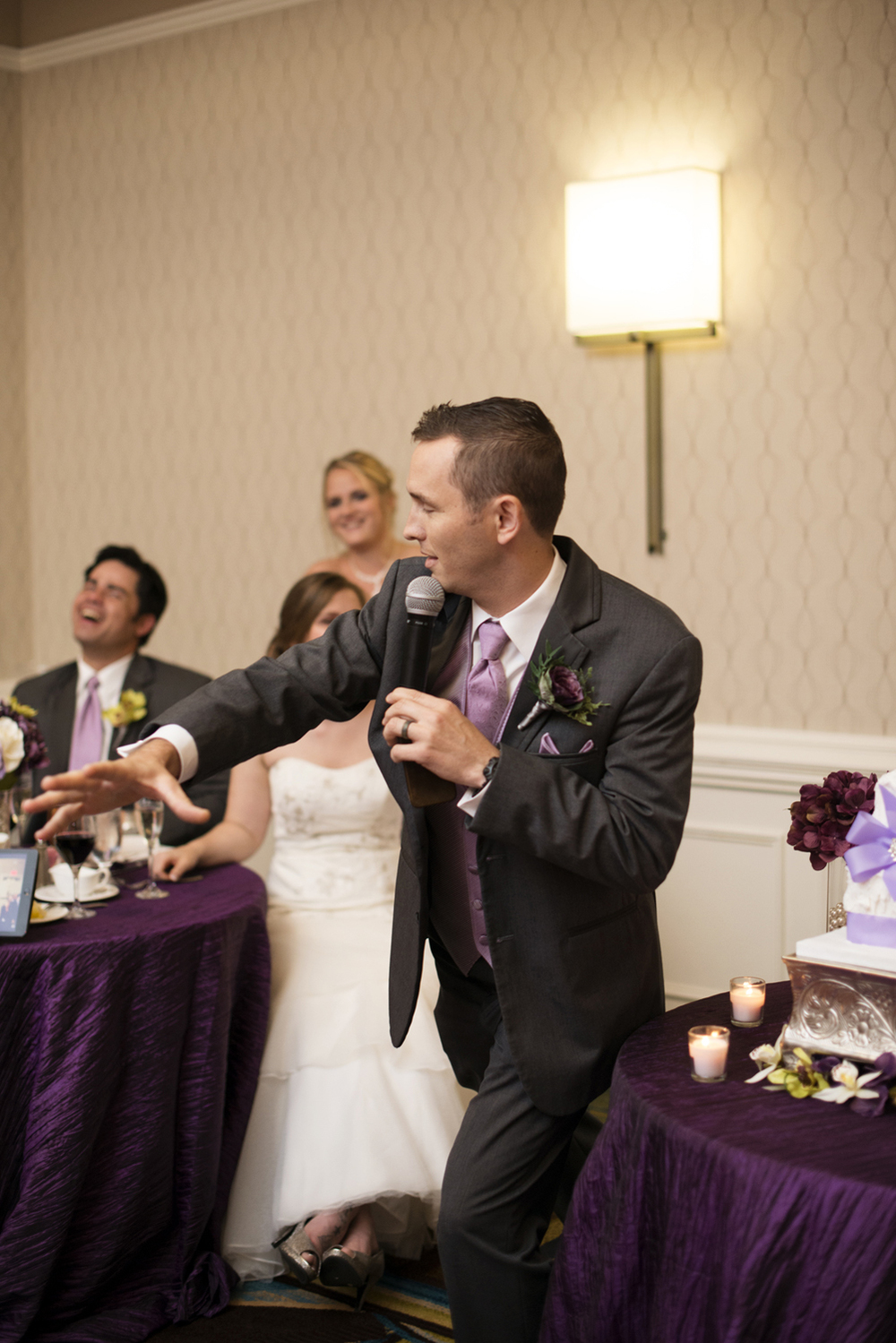 Best man's speech | Fall hotel wedding in Virginia Beach