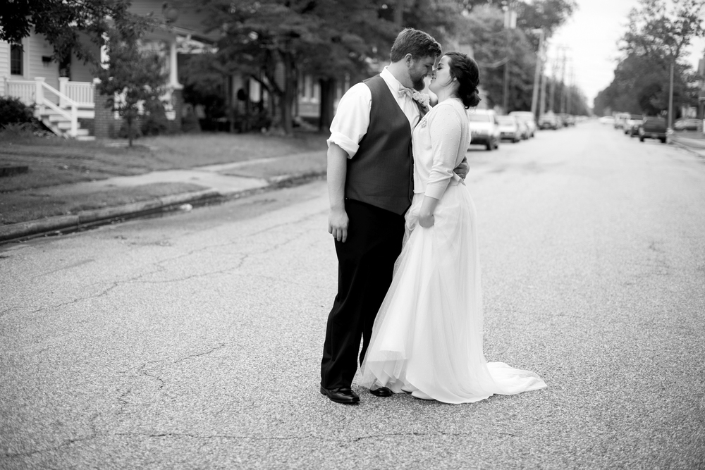 Bride and groom portraits in downtown Hampton (black and white)