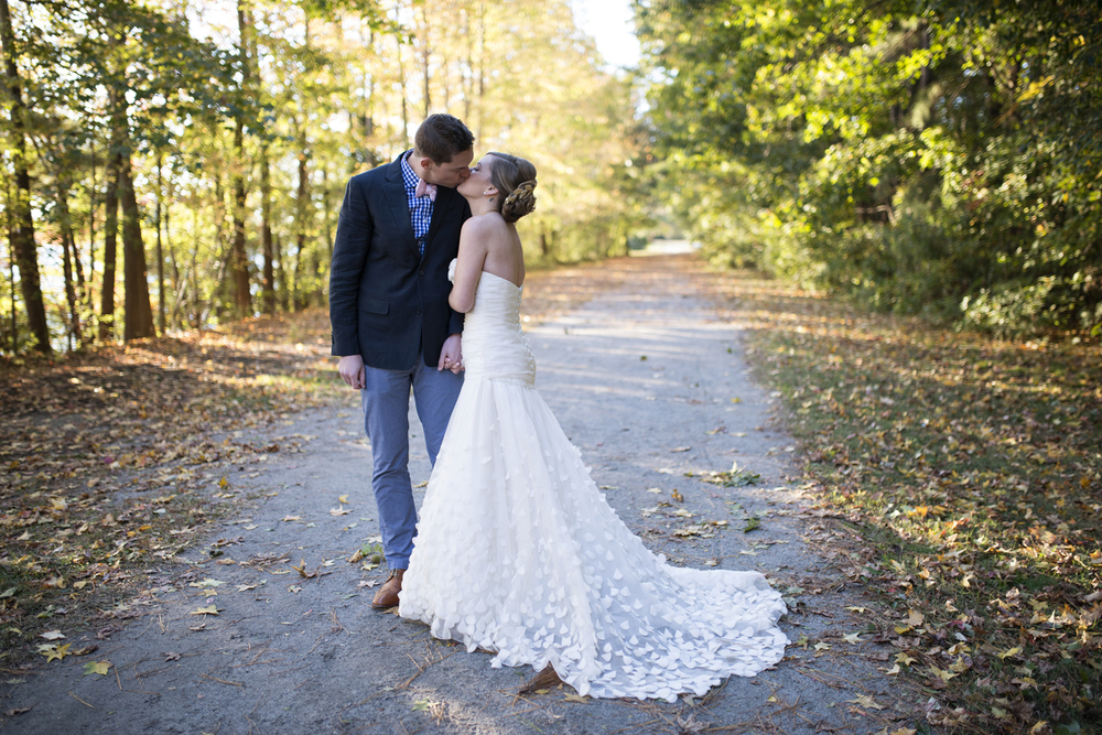Stephanie 39 s bridal portraits oak grove lake chesapeake for Wedding dresses in hampton roads
