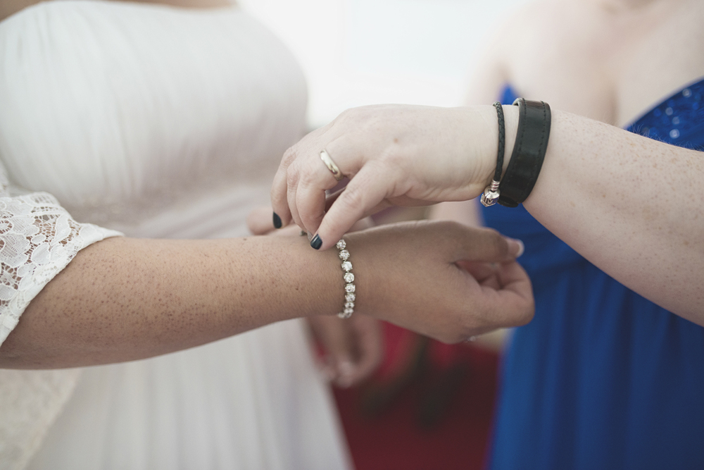 Bridal Details | Getting ready for a church wedding
