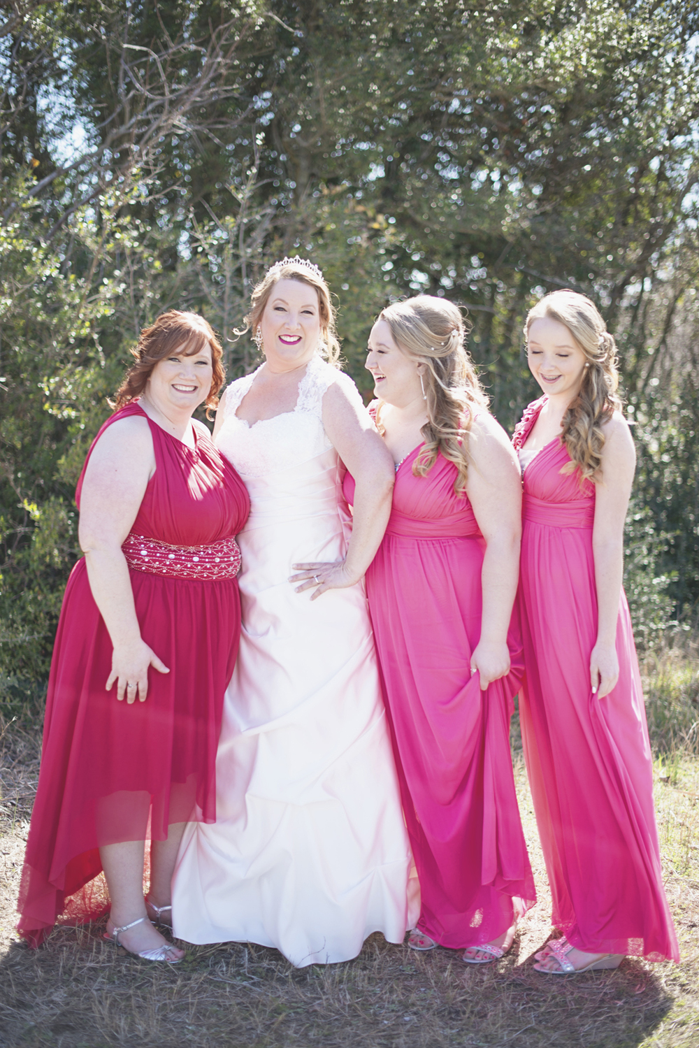 Pink and white wedding | Bridesmaids dresses