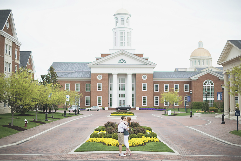 College campus engagement session | Spring engagement session