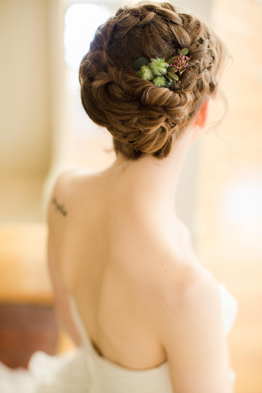 Cinco de Mayo Themed Wedding | Wedding hairstyles