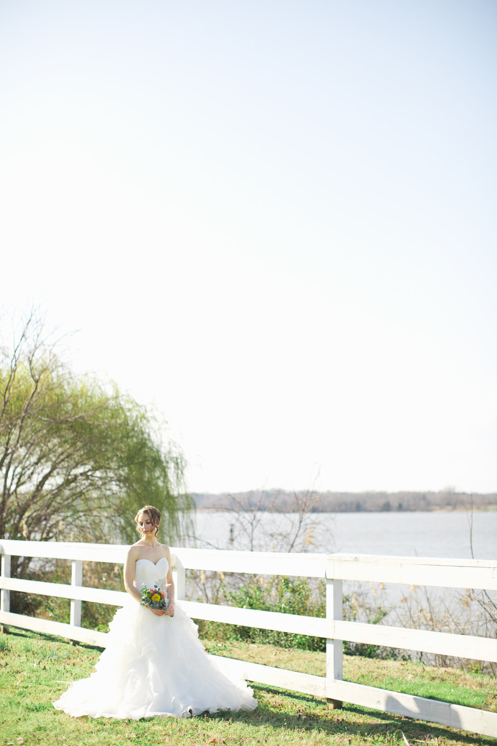 Cinco de Mayo Themed Wedding | Bridal portraits by the water