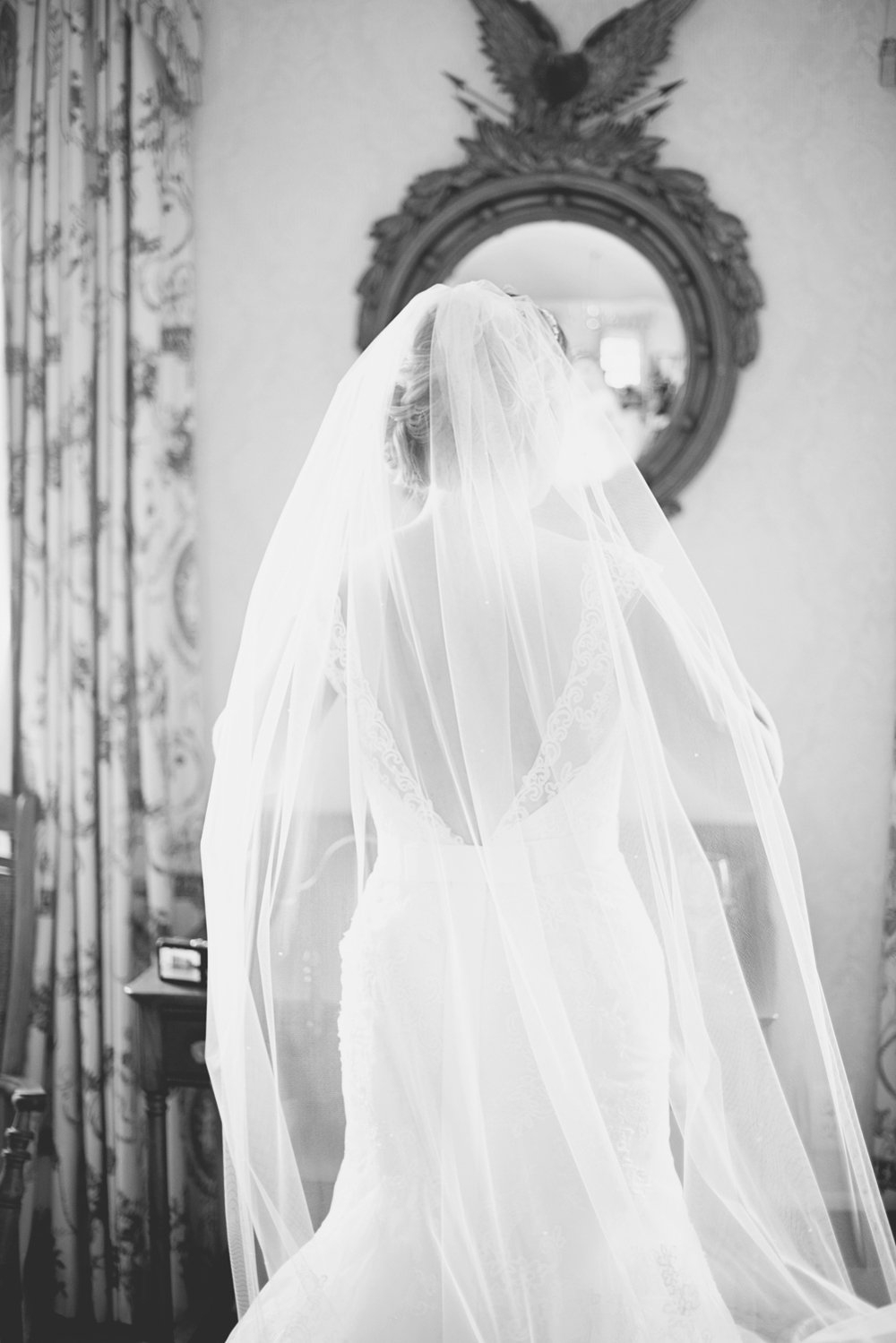Inn at Warner Hall Wedding Pictures |Bridal portrait