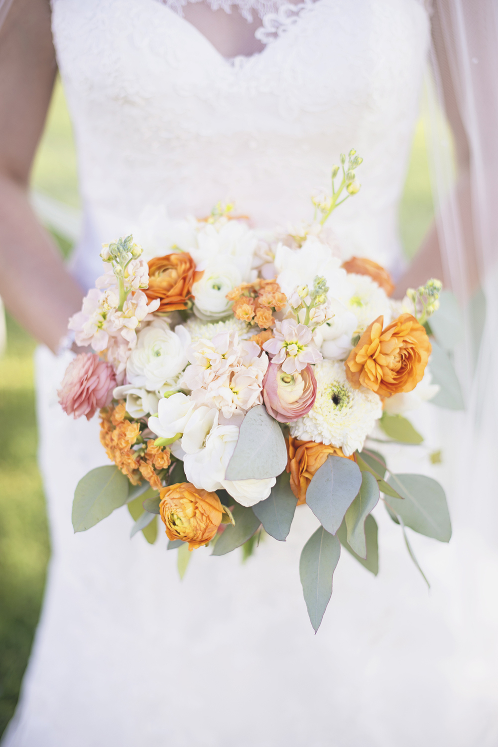 Inn at Warner Hall Wedding P  hotography | Blush, tangerine, white bridal bouquet with eucalyptus leaves