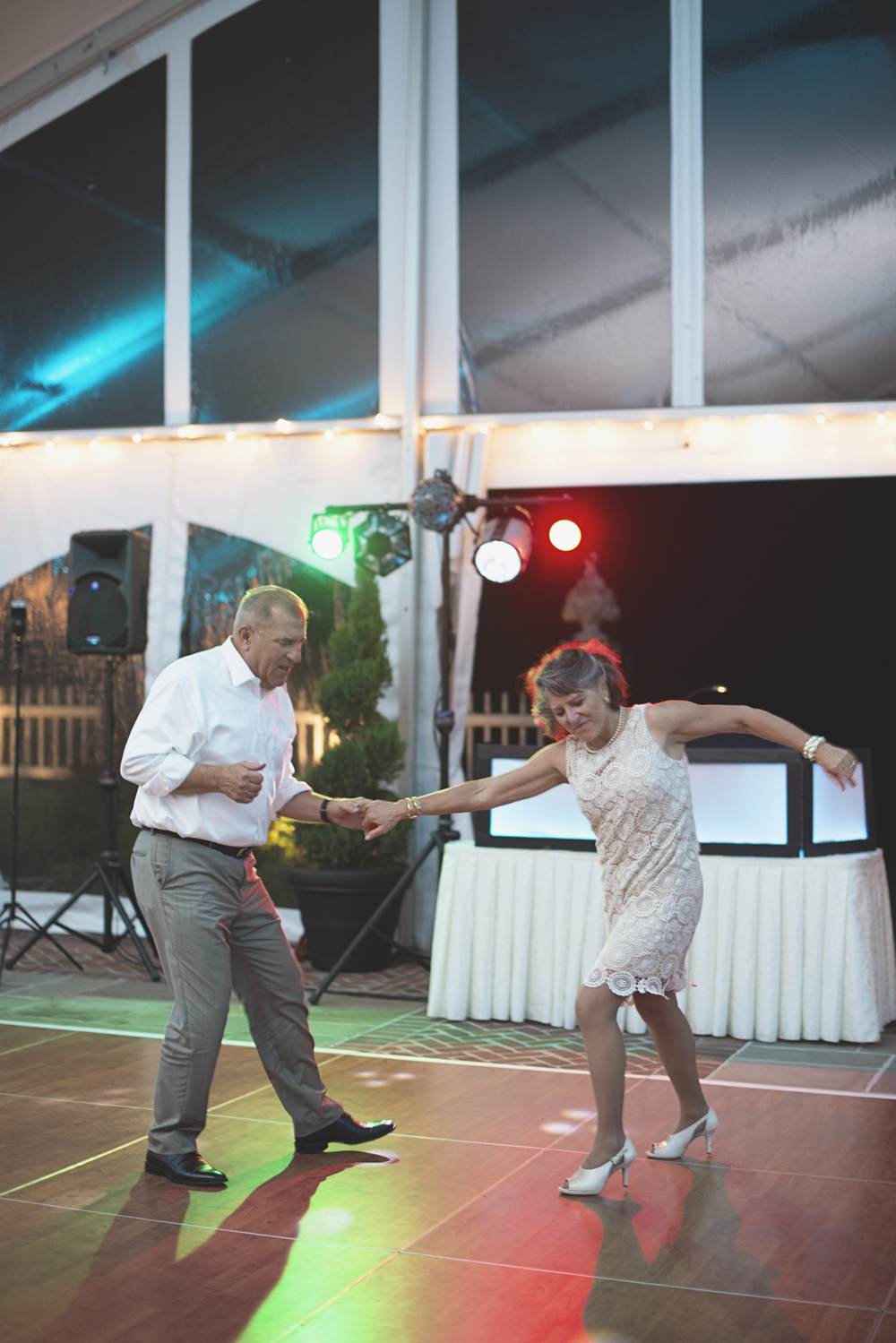 Inn at Warner Hall Wedding Photography | Wedding reception guests